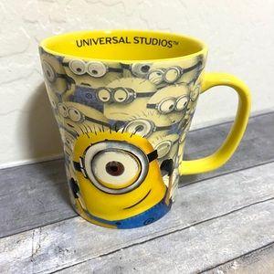 Universal Studios Minions Despicable ME Minion Cup